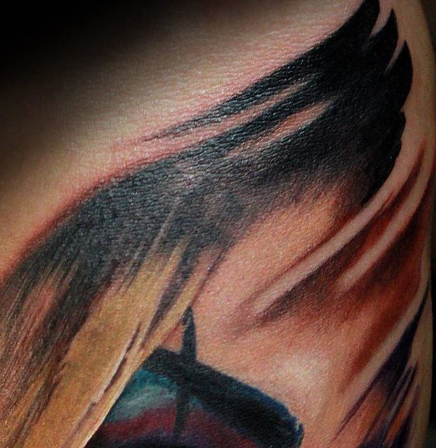 detalhe de realismo de caveira no braço