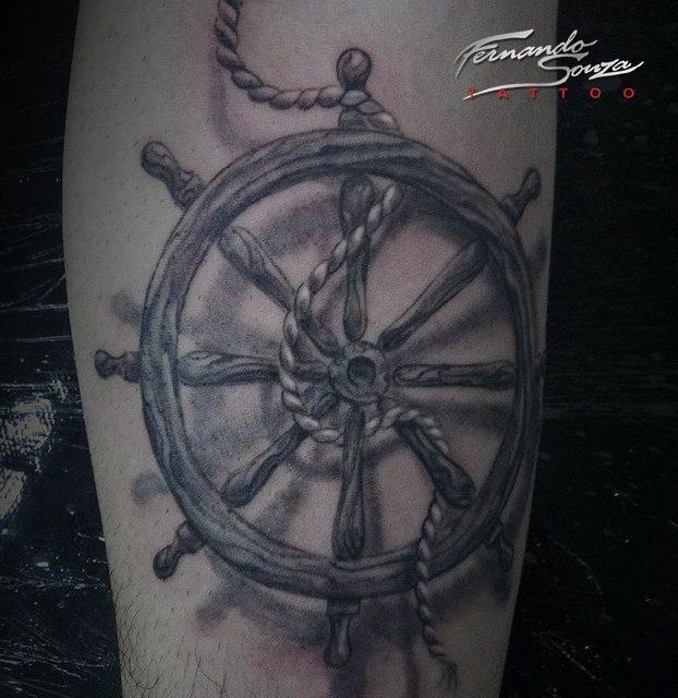 tatuage de volante de navio